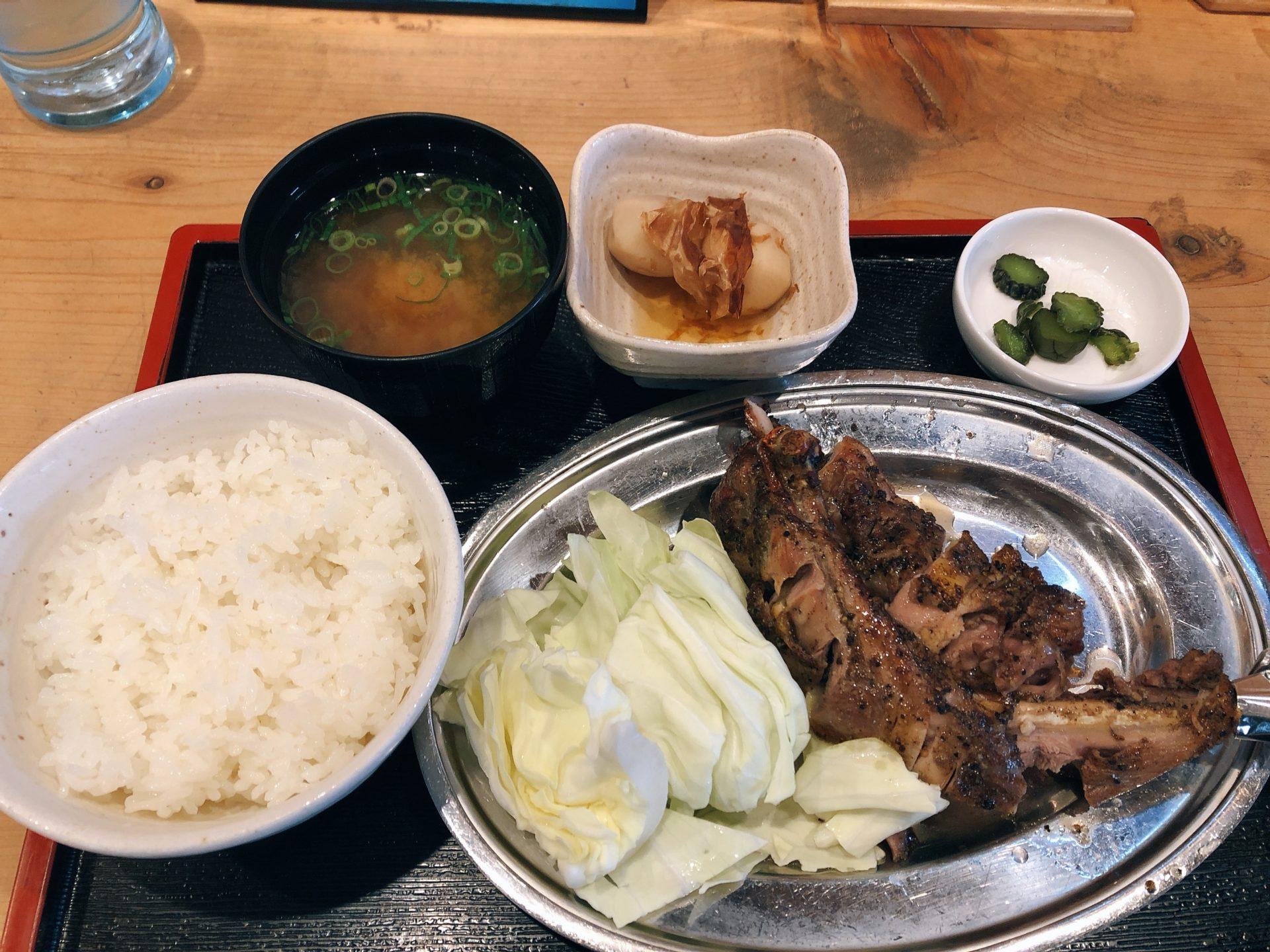 南区藤田 本格鶏料理のパチャマンカで骨付鳥のランチ!若鶏を諦めて親鶏を選択 味は抜群で弾力も・・・想像以上!