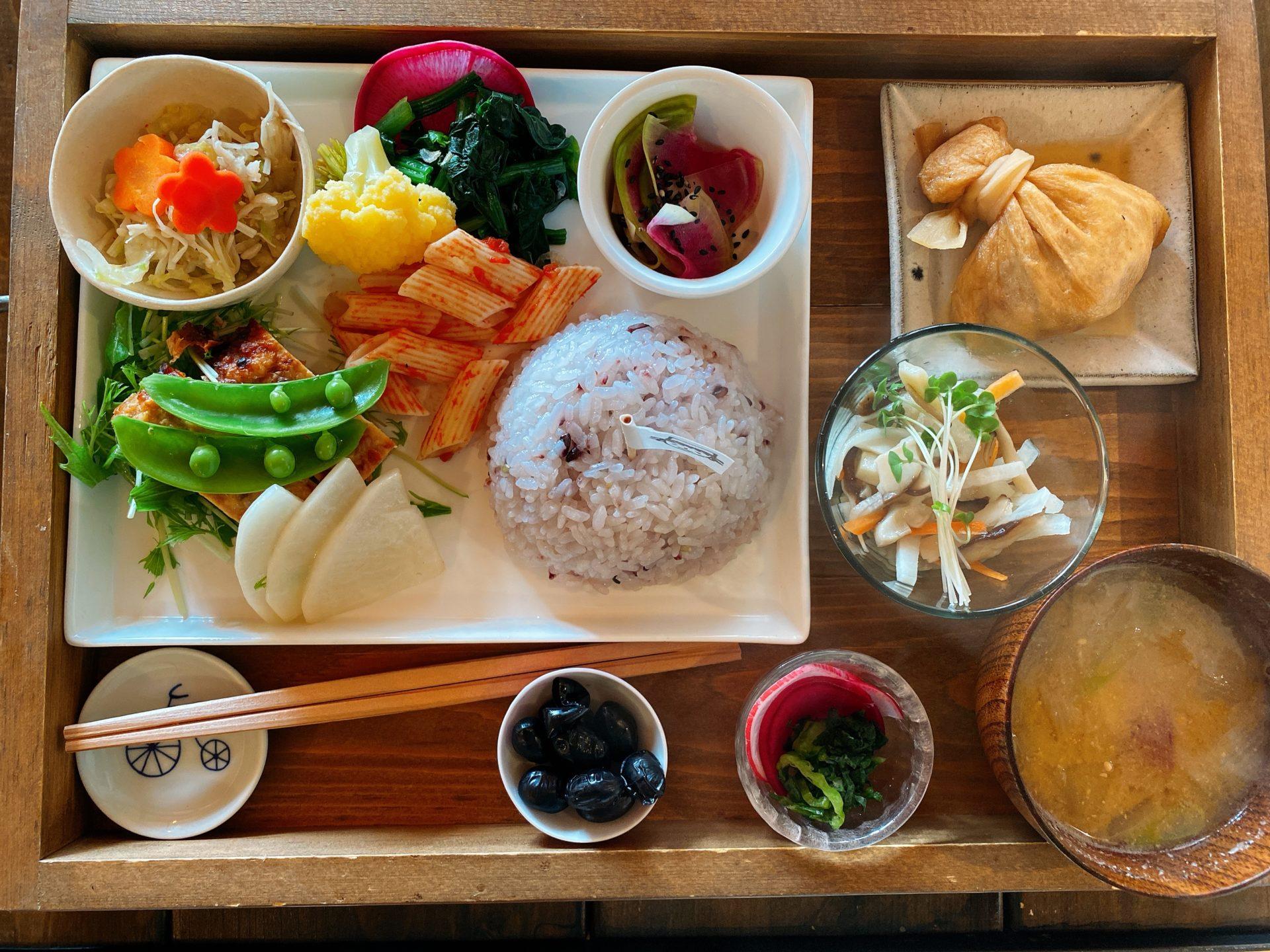 岡山市南区藤田 隠れ家カフェ ののさま*あん という古民家の店が想像以上にいい!野菜中心の「おとな様ランチ」が大好評!