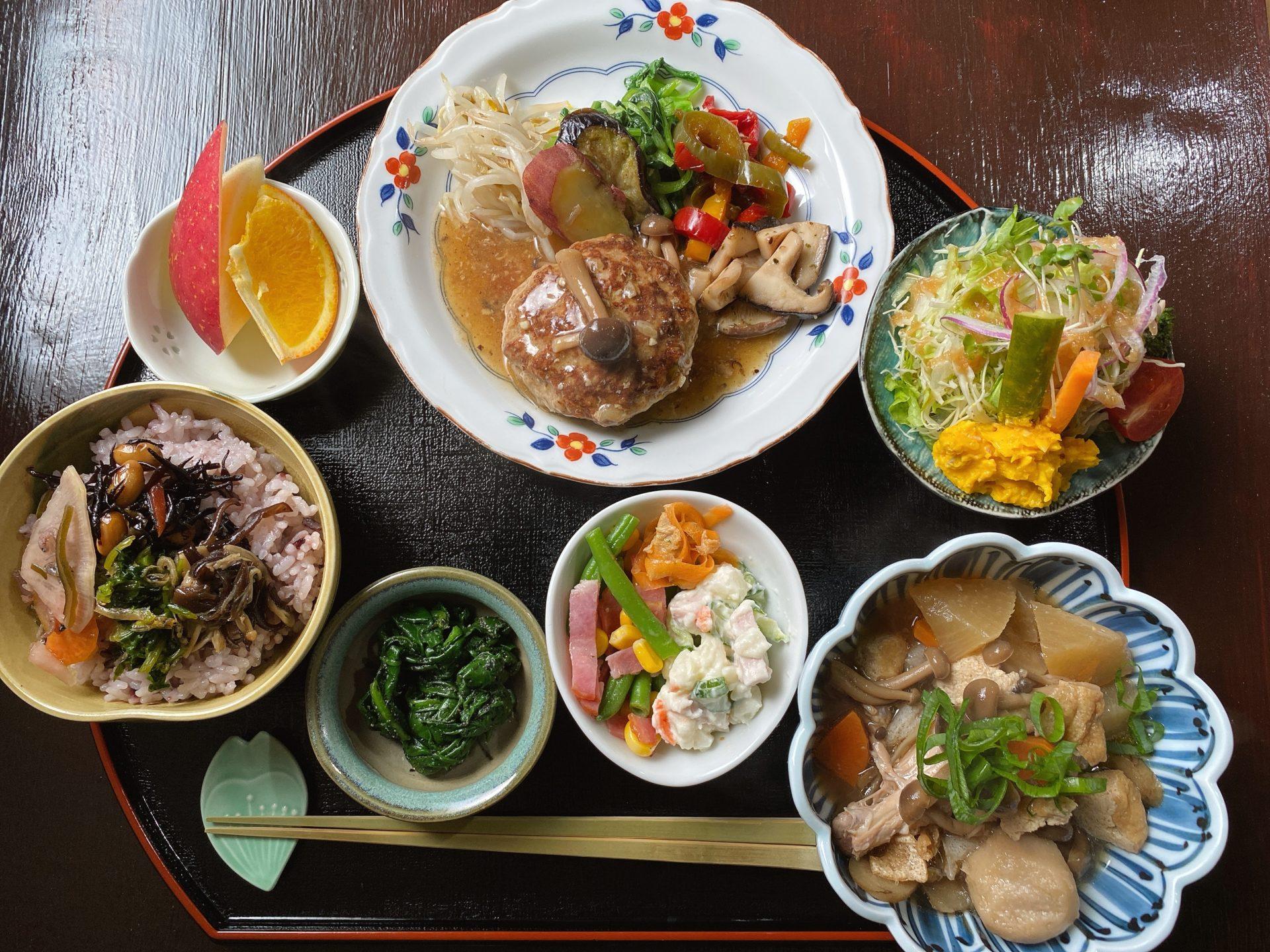 玉野市 八浜駅から車で2分 古民家食堂 菜つむぎ商店&ポルカドッツの野菜中心のランチがヤバイほど美味しくてヘルシーでリーズナブル!