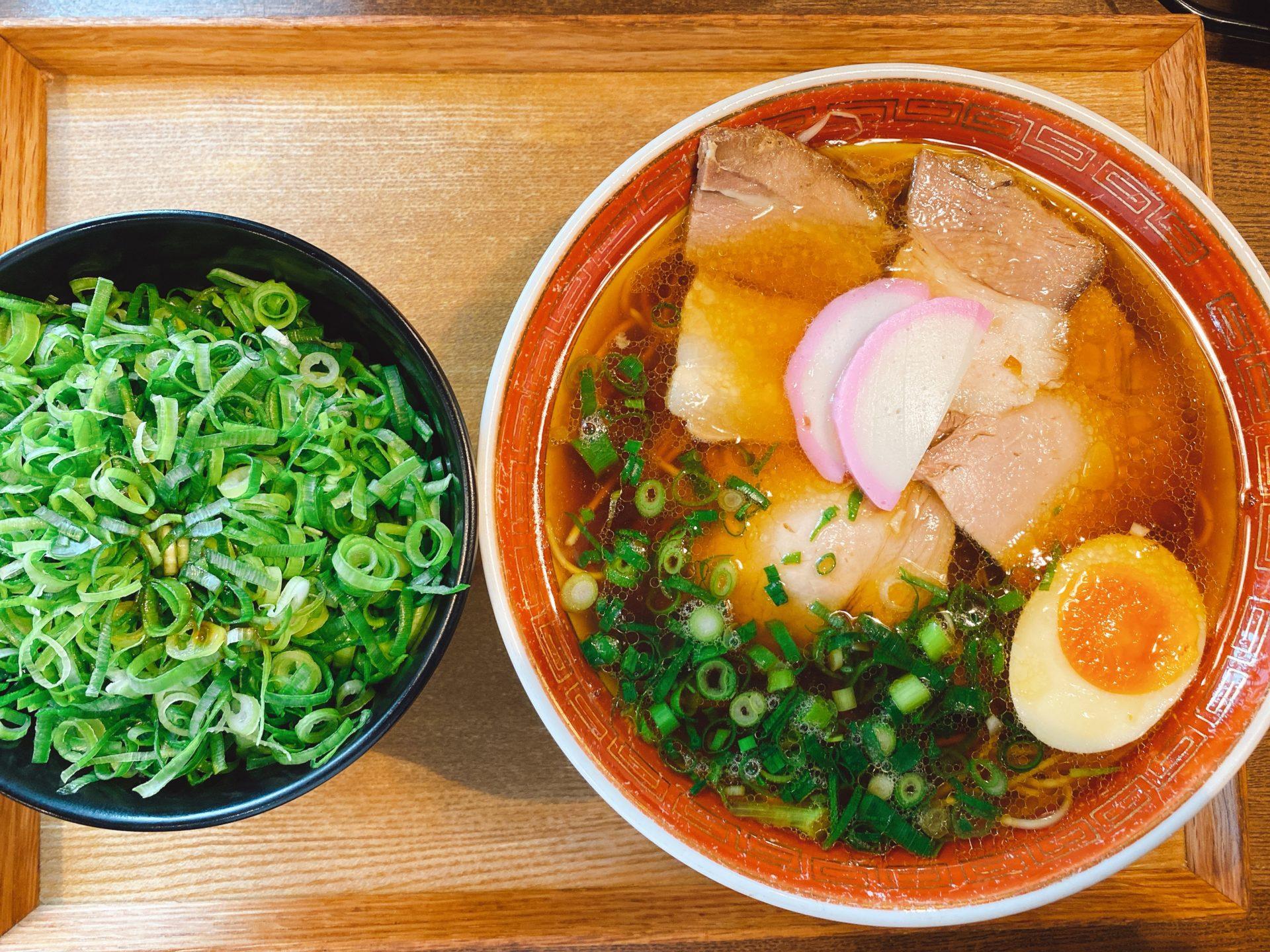 バイパス古新田から東へ車で1分半 【中華蕎麦 かたやま本店】の「天神そば」をリスペクトした鶏ガラスープのラーメンが本当に美味しい!