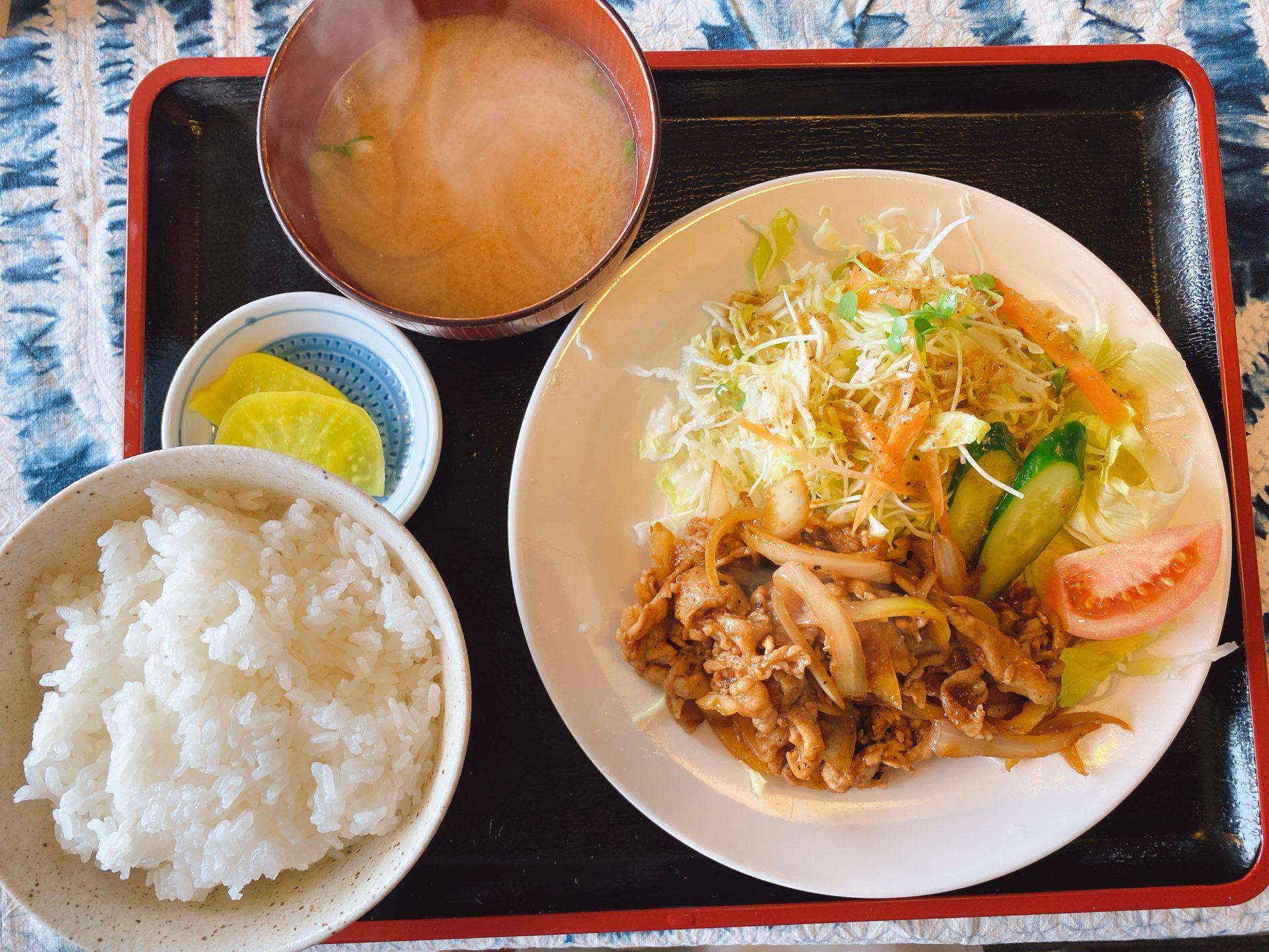 岡山市南区郡 【まんま屋 フリーク】の日替り定食が550円!今日は「豚のしょうが焼き」で、美味しくてボリュームもあり大満足!