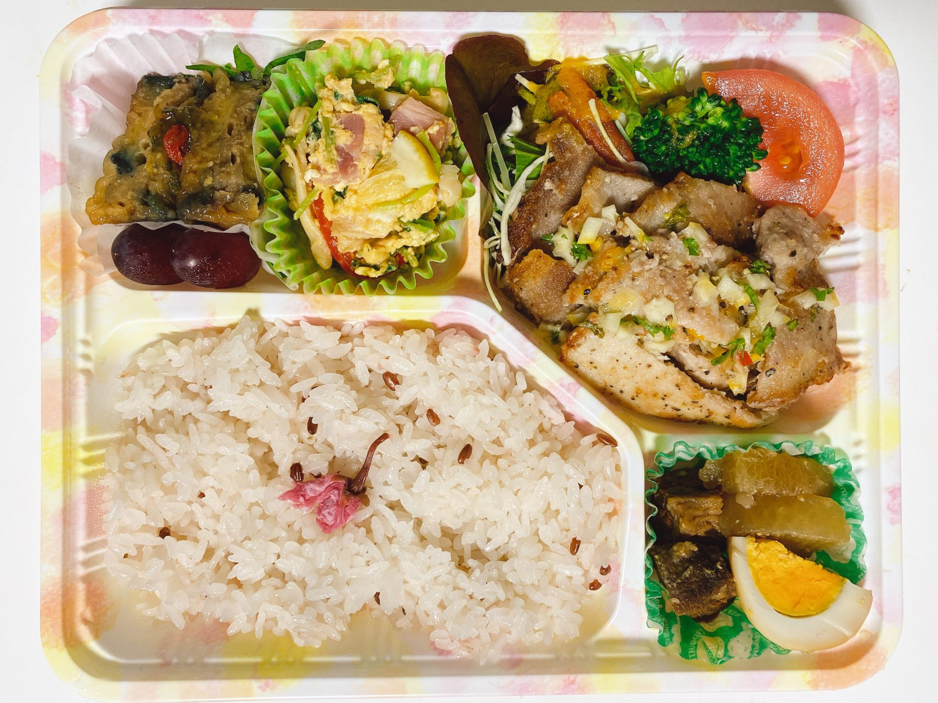 【岡山市東区のテイクアウト】上道駅から車で8分 梟のこども Another Sky のランチ弁当が美味しくて内容も充実、そしてコスパもいい!