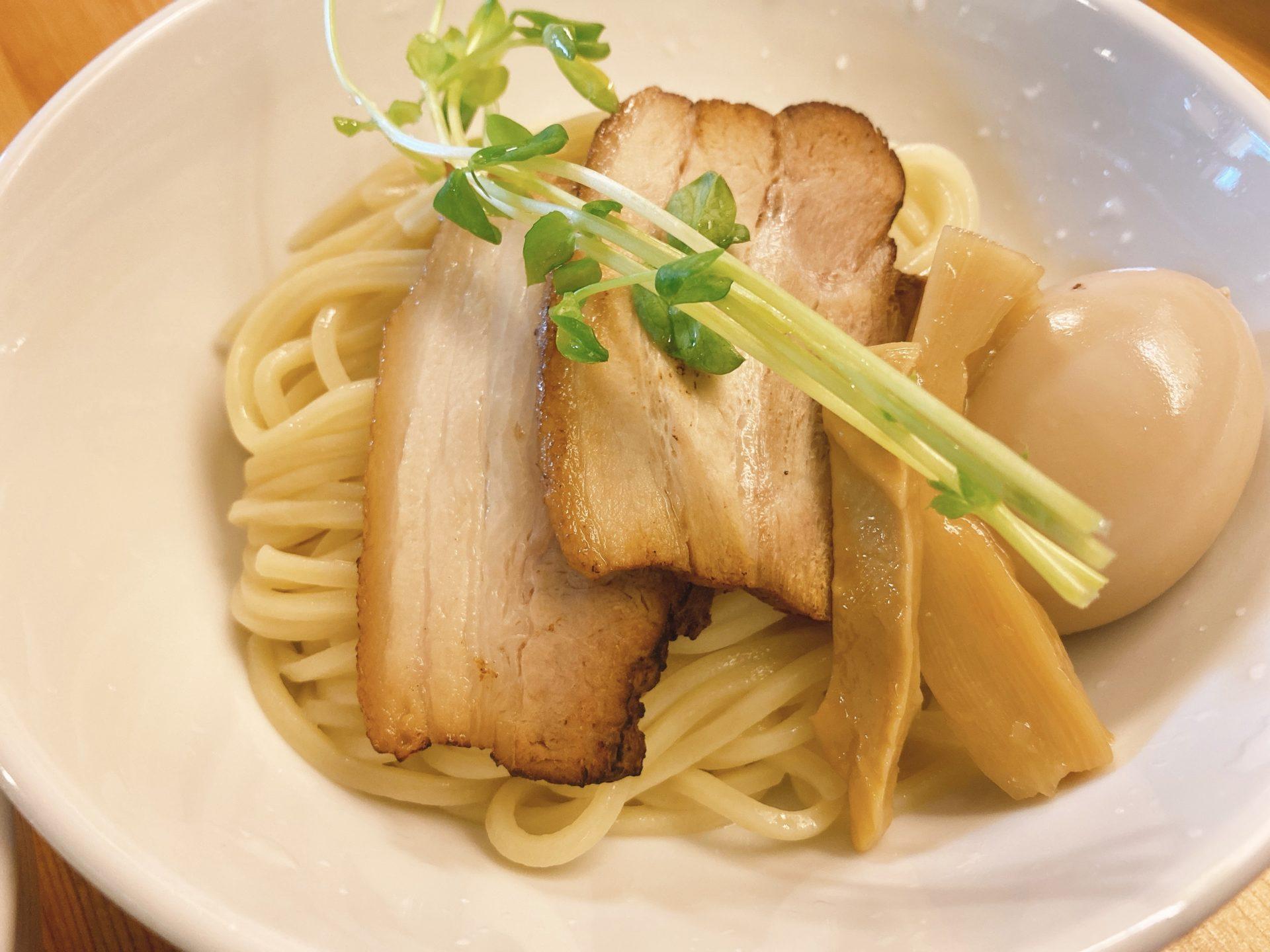 岡山駅西口から車で3分【つけ麺 烏城】にて烏城ソバと迷うも、つけ麺を初体験!太麺と魚介系スープのコクと旨さに舌鼓