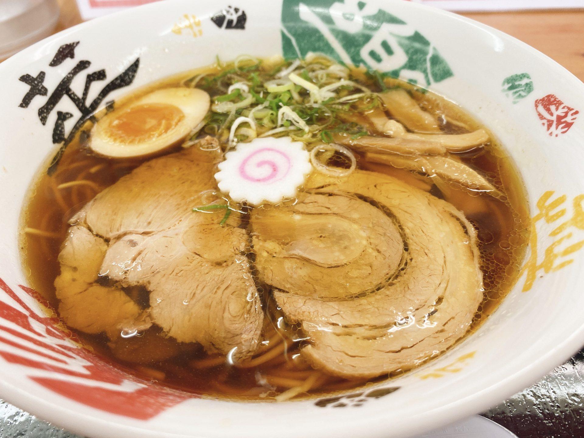 岡山市北区 金川駅降りてすぐ【そば作】初訪問!期待していたラーメンの豚骨がメニューから消えて醤油と塩だけに!それでも美味い!