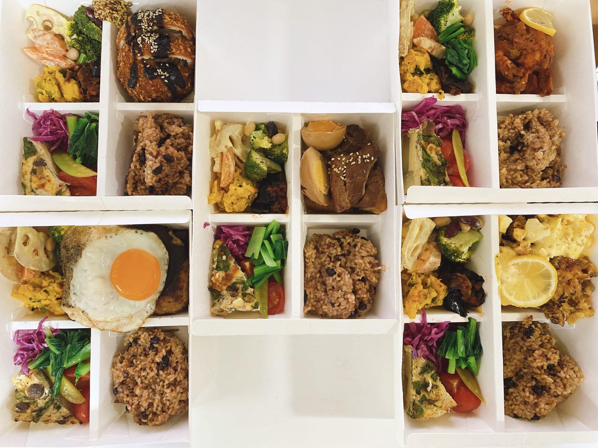 【岡山市南区のテイクアウト】trees(ツリーズ)岡南店にて地元野菜をふんだんに使ったランチの弁当を5種類注文!コレはオススメ!