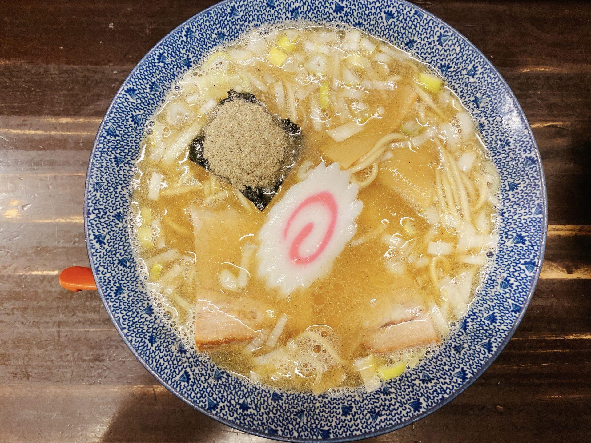 岡山市中区 西川原駅から車で2分【麺屋 べんてん】にぼしそばが麺もスープも美味しくて文句無し!しかし一番人気はつけめん!?