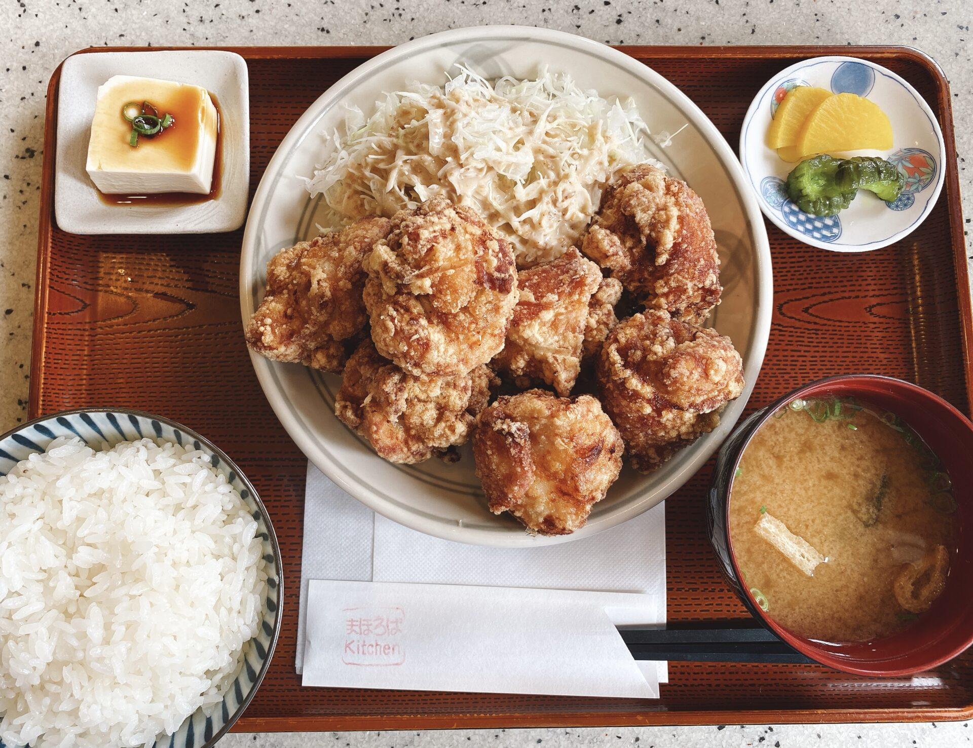 赤磐市【まほろばキッチン】デカくてジューシーな唐揚げが7つも入ってコスパのいいお得なランチは売切れ御免!